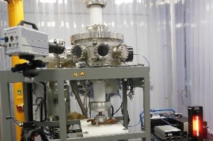 Reconfigurable vacuum test platform for testing and validating electrical and mechanical equipment under vacuum conditions.